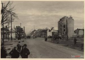 Ulica Grójecka, w poprzek Opaczewska.